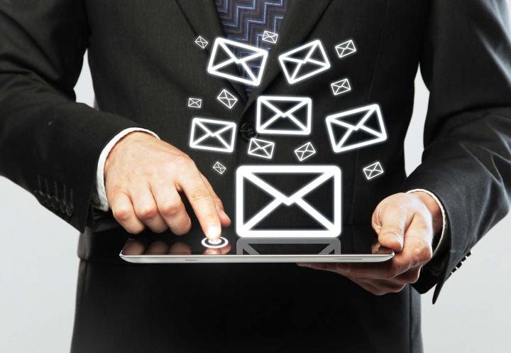 WeTransfer, envía archivos de gran tamaño por correo