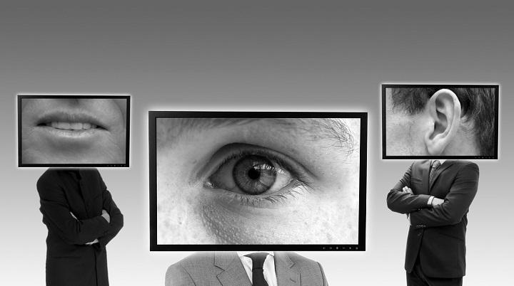 Cómo desactivar el micrófono y la webcam de tu portátil