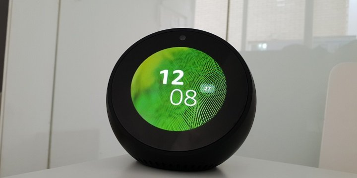 Review: Amazon Echo Spot, el tándem de asistente virtual con pantalla que funciona