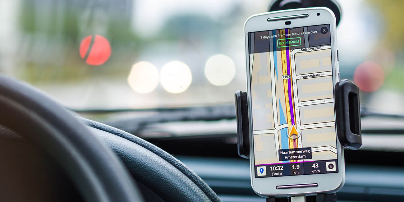 10 soportes de móvil para el coche