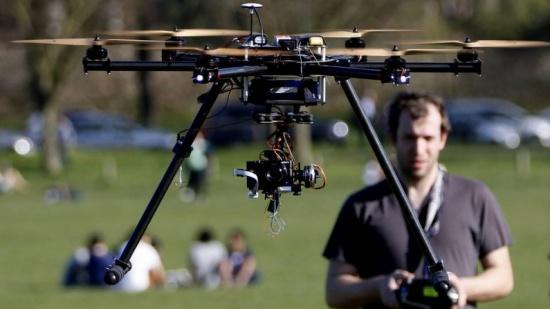 Imagen - España regula el uso de drones
