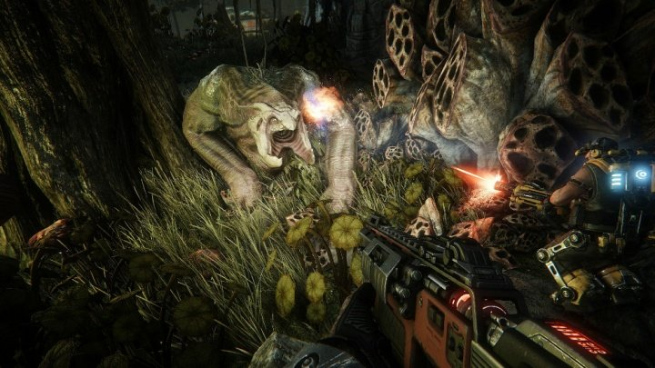 PS4 2.0 viene con errores y retrasa la prueba alpha de Evolve