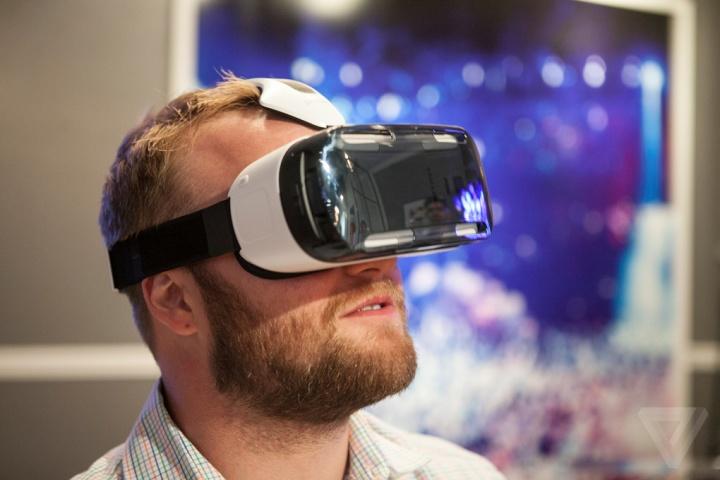 Samsung lanza Samsung Gear VR en España, el accesorio de realidad aumentada