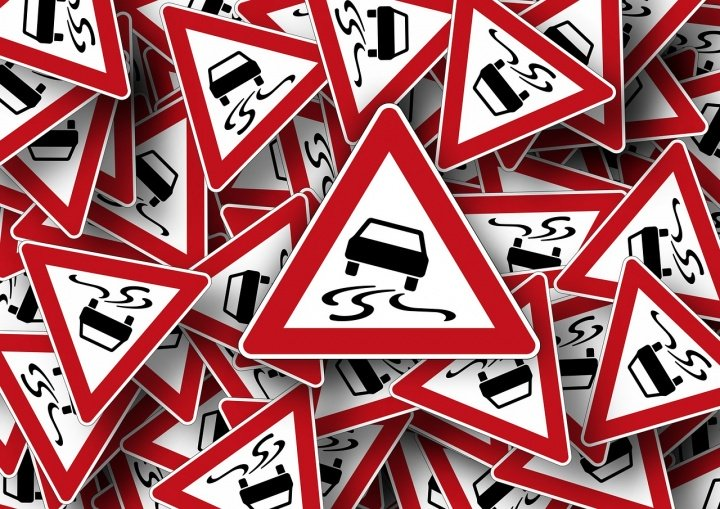 Operación salida del puente de mayo: evita los atascos de tráfico