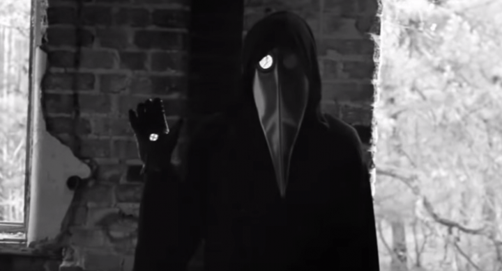 """Se hace viral un vídeo terrorífico que si lo ves """"te queda un año menos"""""""