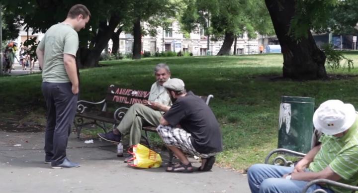¿Wi-Fi a cambio de comida para los mendigos?