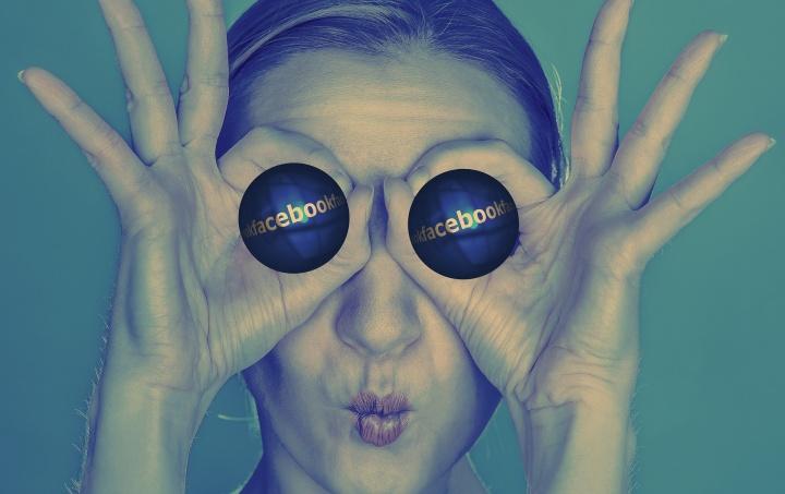 Facebook avisará cuando un amigo esté escribiendo un comentario