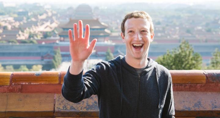 """Una abuela llama """"nerd"""" a Mark Zuckerberg y se hace viral"""