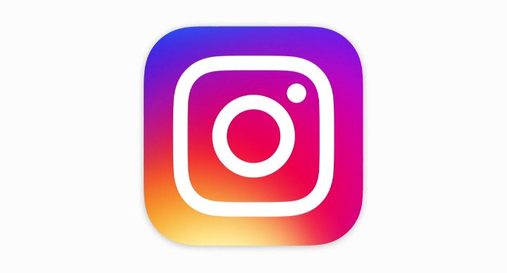 Instagram para Windows 10 ya permite mandar fotos por mensaje privado