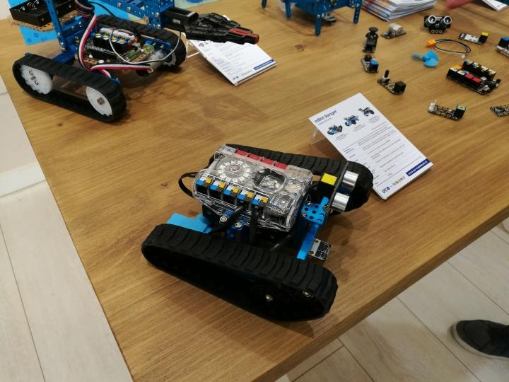 Imagen - SPC lanza sus robots inteligentes para todos los públicos