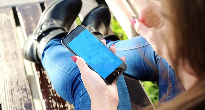 Un fallo en iOS permite acceder a fotos y mensajes sin el PIN