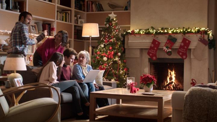 Vodafone celebra la Navidad con más datos y descuentos del 50%