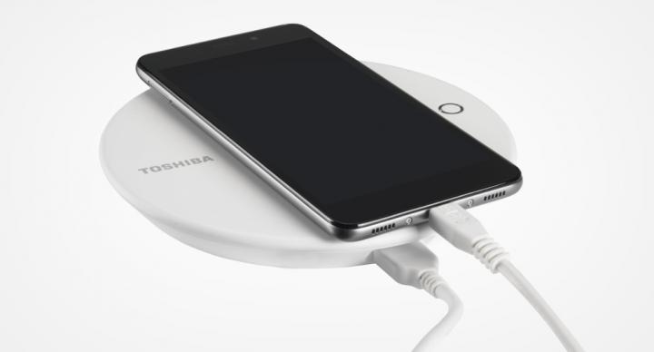 Toshiba Canvio for Smartphone, el disco para cargar el móvil y hacer copias de seguridad