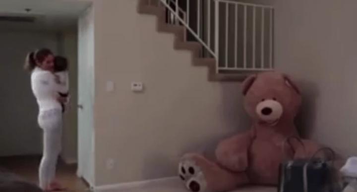 Un peluche que se mueve, la broma viral con 40 millones de reproducciones en Facebook