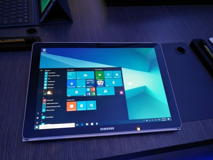 Imagen - Samsung presenta Galaxy Book, un híbrido con Windows 10