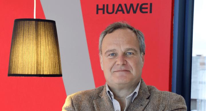 """Imagen - Entrevista a Ramiro Larragán: """"Huawei P10 es el mejor teléfono para los retratos"""""""