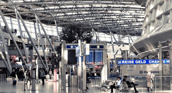 Imagen - Miles de vuelos sufren retrasos en Europa por un fallo informático