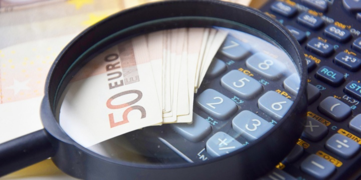 lupa-calculadora-billetes-euro-720x360