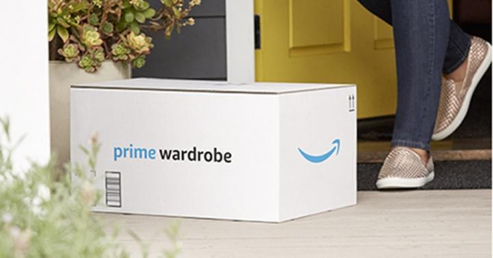 Amazon te permitirá pedir ropa para probártela y pagar solo por la que te quedes