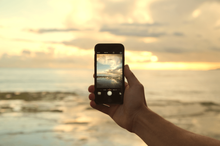 """Imagen - El 30% de los españoles es adicto al """"postureo"""" en redes sociales durante las vacaciones"""