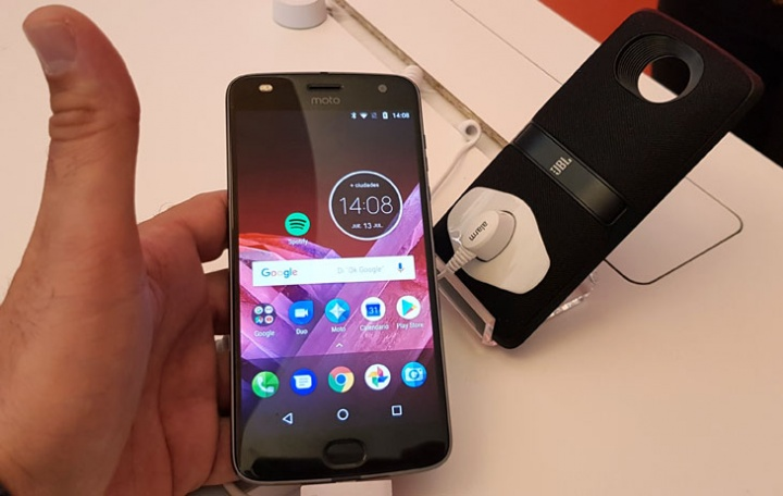 Imagen - Moto Z2 Play y Moto Mods: precios y disponibilidad en España