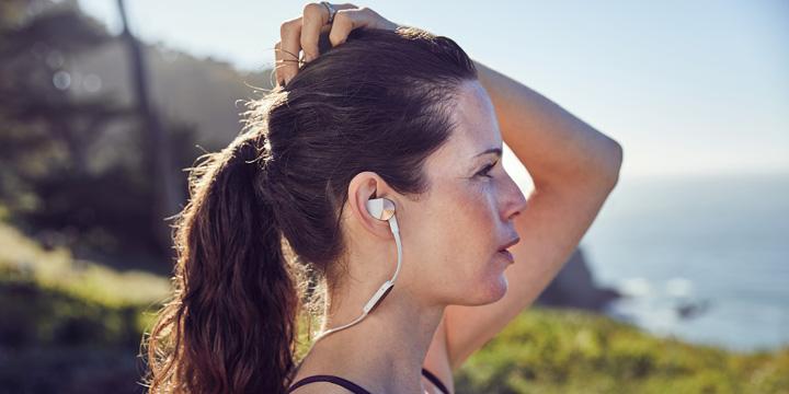 Fitbit Flyer, los auriculares para el fitness