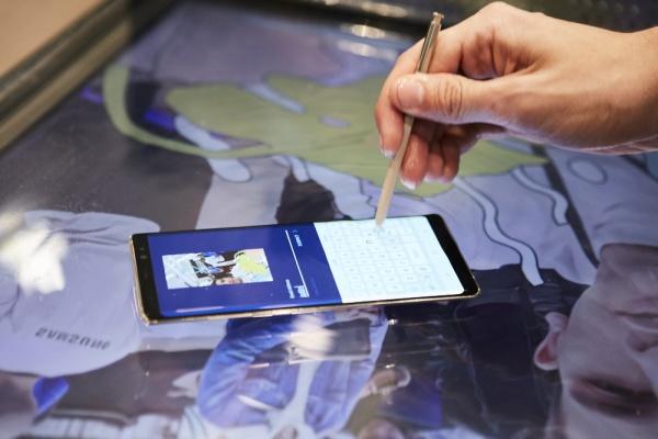 Imagen - Samsung abre en El Corte Inglés de Callao su mayor tienda en España