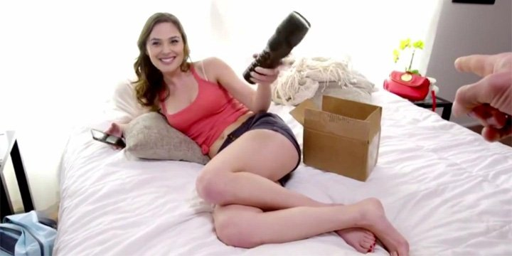 video-porno-falso-con-ia-720x360