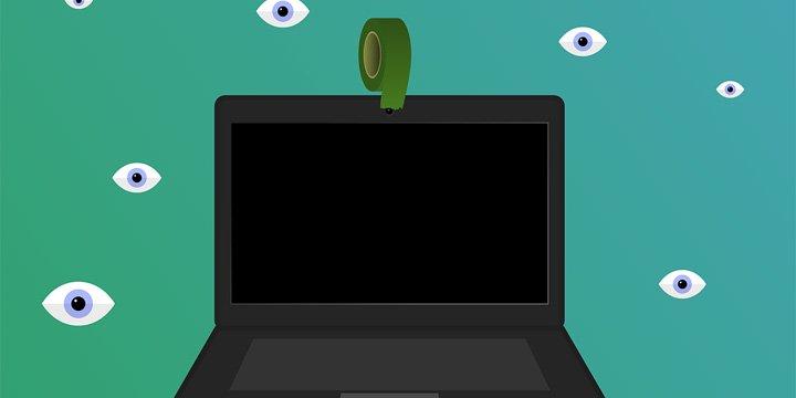 Protege tu webcam: te pueden grabar desnudo y venderte por 5 euros