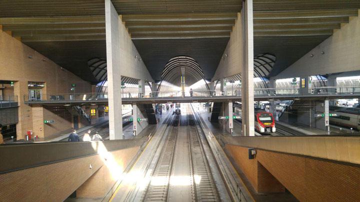 Imagen - Renfe no llevará el WiFi a todos los trenes de Cercanías hasta 2028