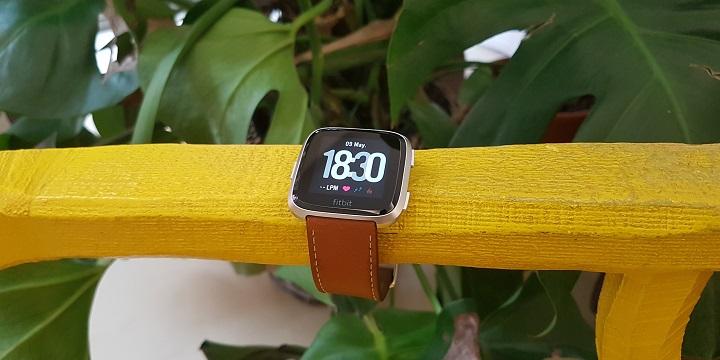 Review: Fitbit Versa, un smartwatch deportivo con un buen diseño