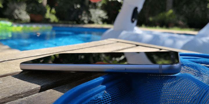 Review: LG Q7, un gama media con 3 GB de RAM y resistencia al agua