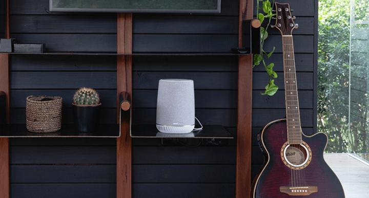 Imagen - Netgear Orbi Voice, el altavoz inteligente con WiFi mesh, Alexa y audio de Harman Kardon