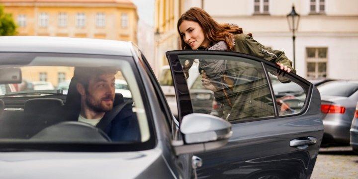 ¿Qué es mejor? ¿Uber o taxi?