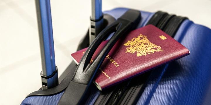 Imagen - Venden copias de pasaportes de españoles en la Deep Web por menos de 10 euros