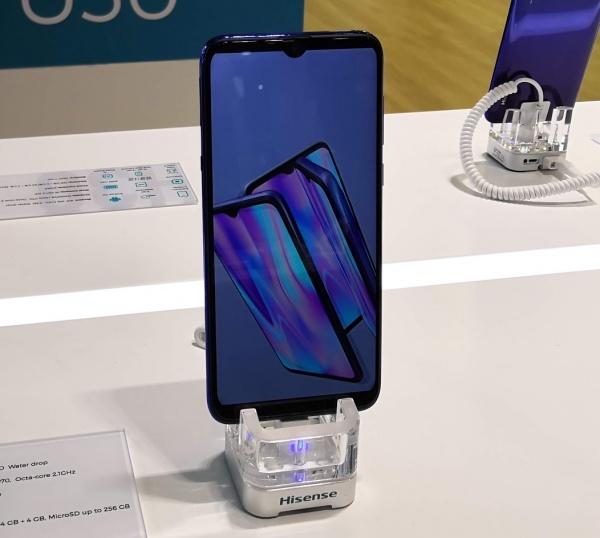Imagen - Hisense Infinity H30, Rock V y Rock V Pro son los nuevos móviles presentados en el MWC19
