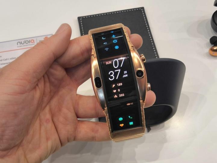 Imagen - Nubia Alpha, un smartphone con forma de smartwatch