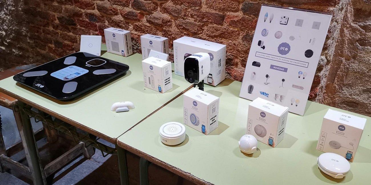 SPC amplía su SmartHome con cámaras, interruptores, sensores y una báscula inteligente