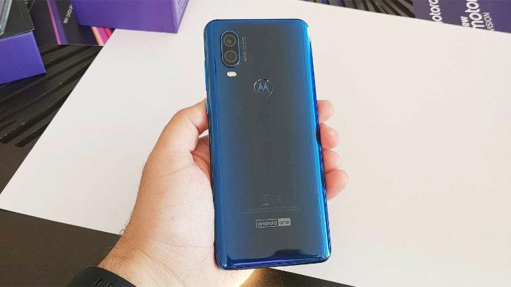 Imagen - Motorola One Vision llega a España: cámara selfie en pantalla y Android One