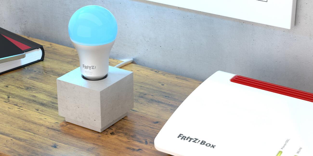 FRITZ!DECT 500 y 440, la bombilla e interruptor inteligentes de FRITZ