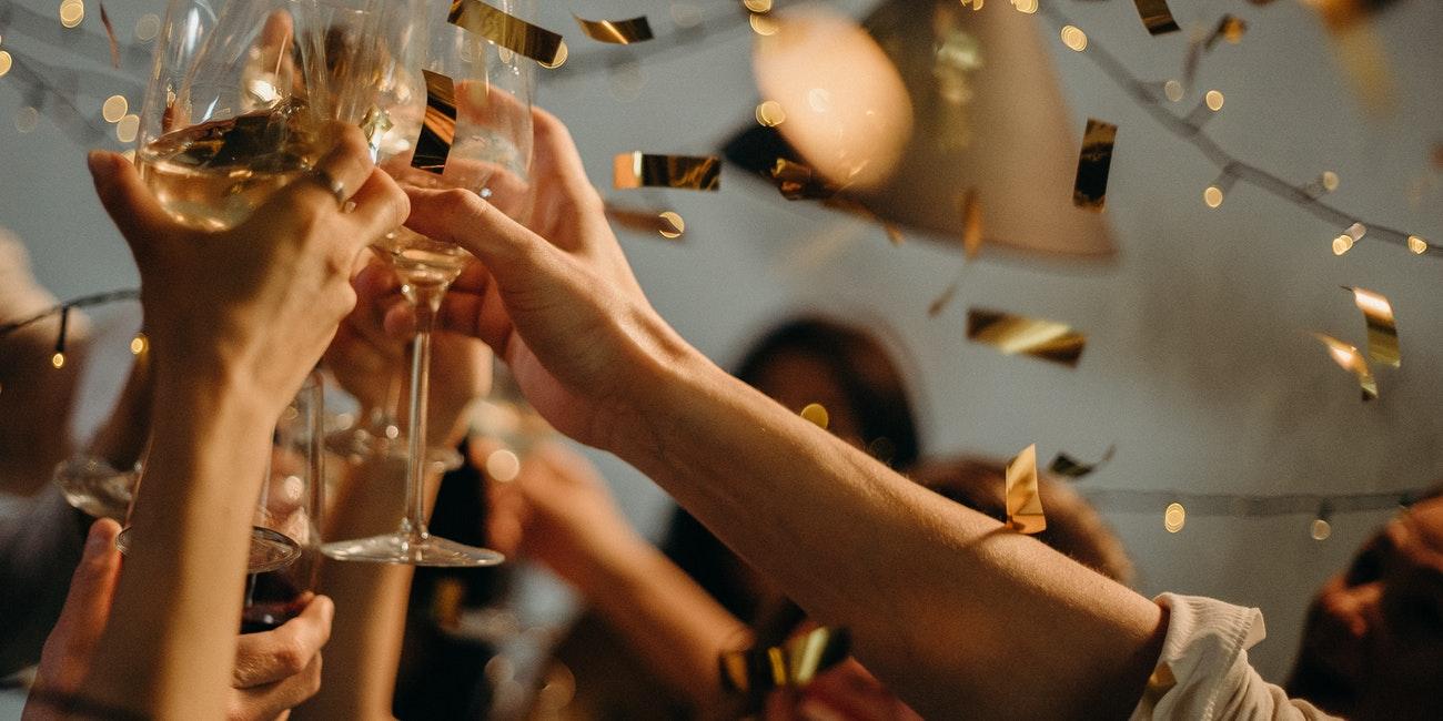 20 GIFs para mandar por el Año Nuevo 2020