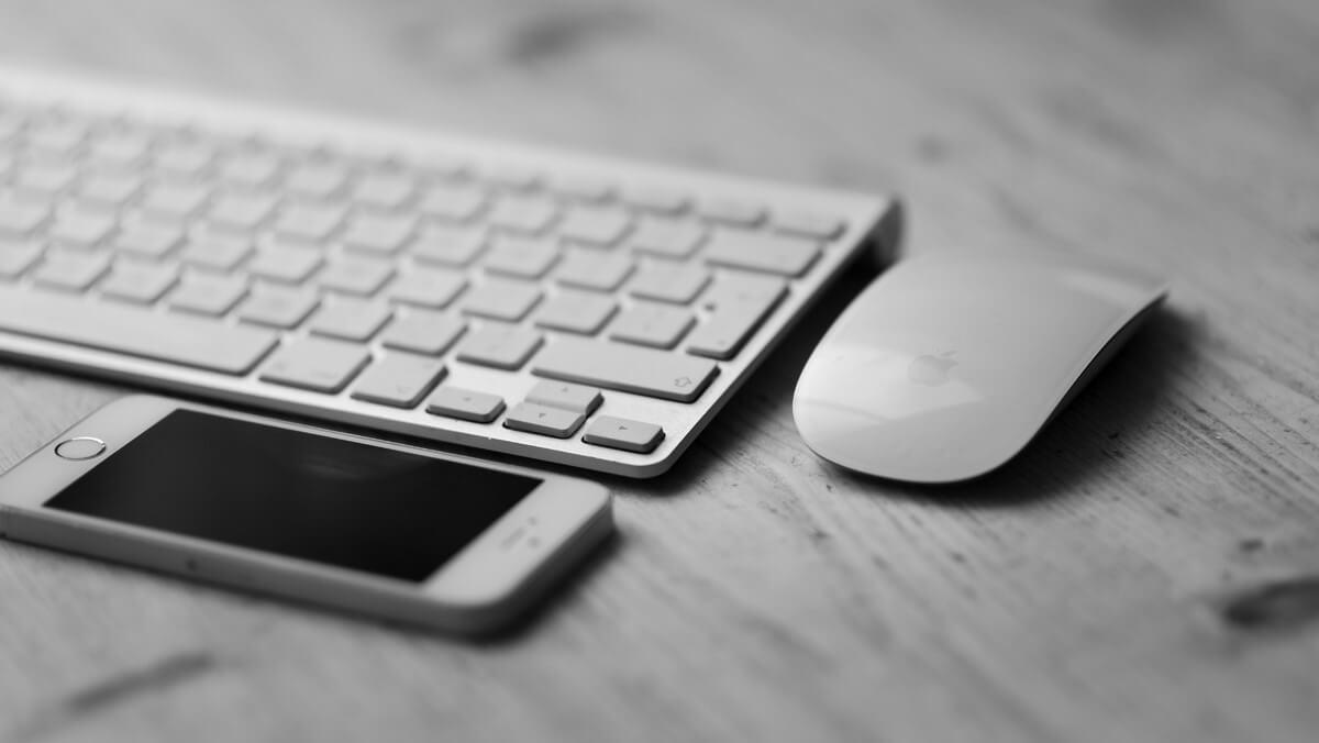 Cómo conectar un teclado y un ratón al iPhone