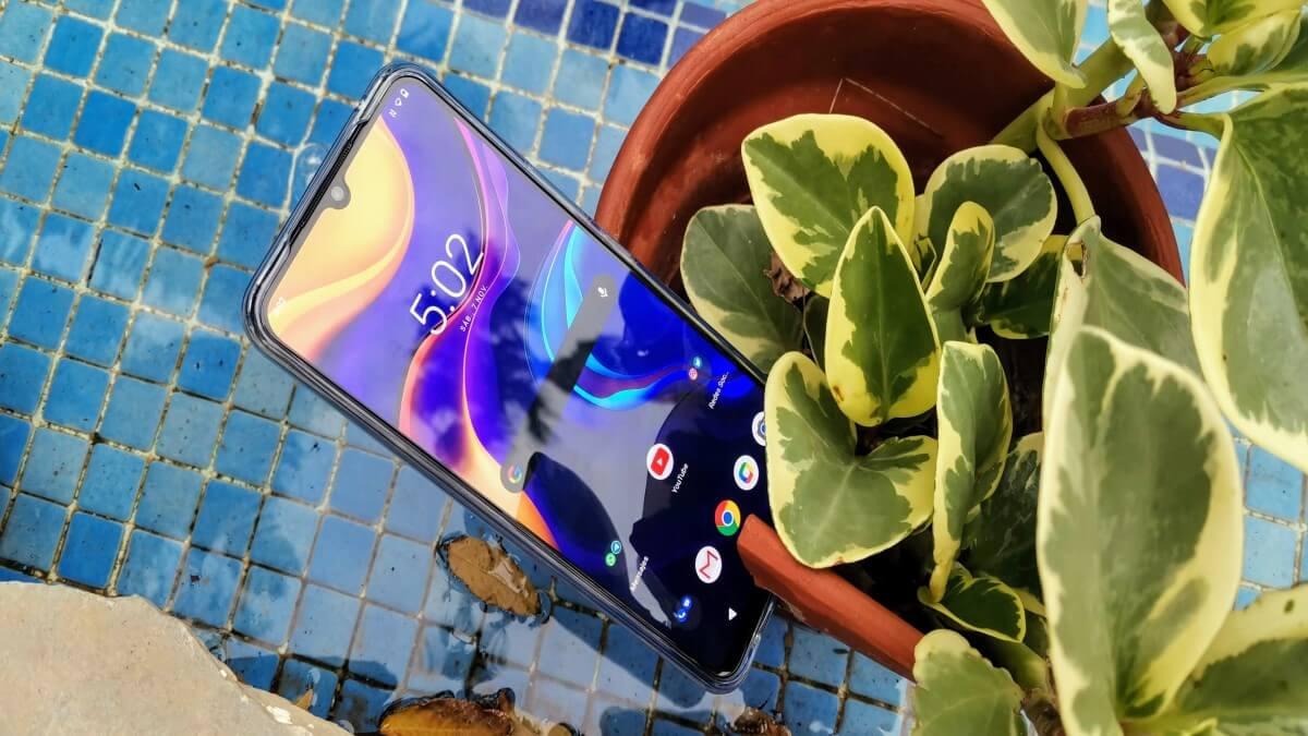Review: Vivo Y70, gama media con sensor de huellas en pantalla y carga a 33 W