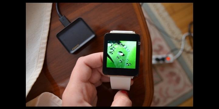 Los smartwatches podrían prohibirse en universidades e institutos