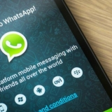 Una falsa actualización de WhatsApp oculta una nueva estafa