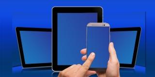 """Los móviles Samsung reciben una extraña notificación de """"Buscar mi móvil"""" por error"""