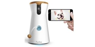 Furbo, la cámara para que vigiles, lances golosinas y hables con tu perro a distancia