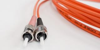 Yoigo elimina la permanencia en las tarifas con fibra y móvil