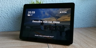Review: Amazon Echo Show, un genial altavoz pegado a una pantalla