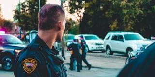 Clearview, la app que usa el FBI para identificar a las personas
